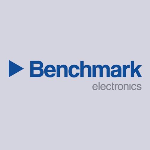 Cliente Benchmark electronics